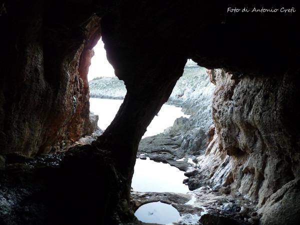 Grotta delle Striare, interno