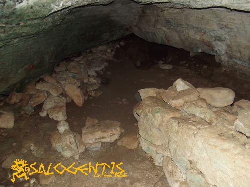 Grotta Montani, interno