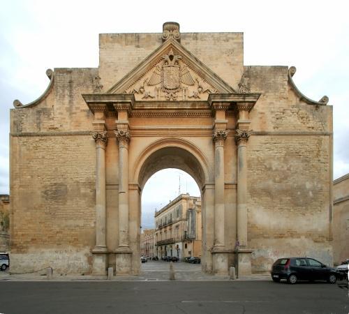 Risultati immagini per porta san Napoli lecce