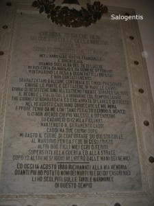 La targa commemorativa posta nel santuario